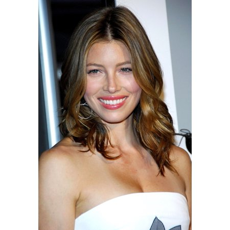 Jessica Biel At Arrivals For Ny Premiere Of I Now Pronounce You Chuck And Larry Rolled Canvas Art     8 X 10