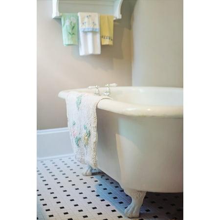 LAMINATED POSTER Claw Foot Tub Vintage Antique Bathtub Bath Retro Poster Print 24 x 36