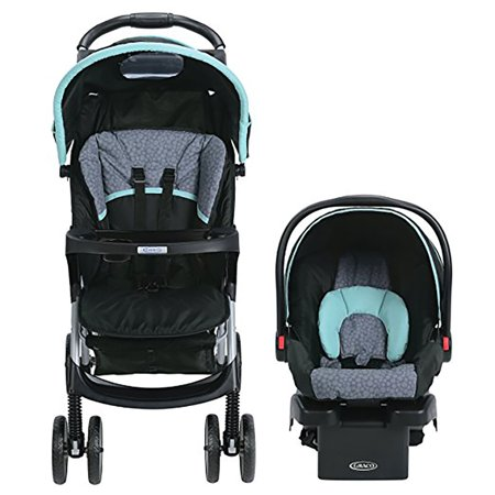 The Baby Jogger Vue Lite may be the best umbrella stroller for travel for parents who want a full featured stroller. This stroller has plenty of features while still weighing in at only 14 pounds. It is also a great option for parents who are travelling with a newborn.