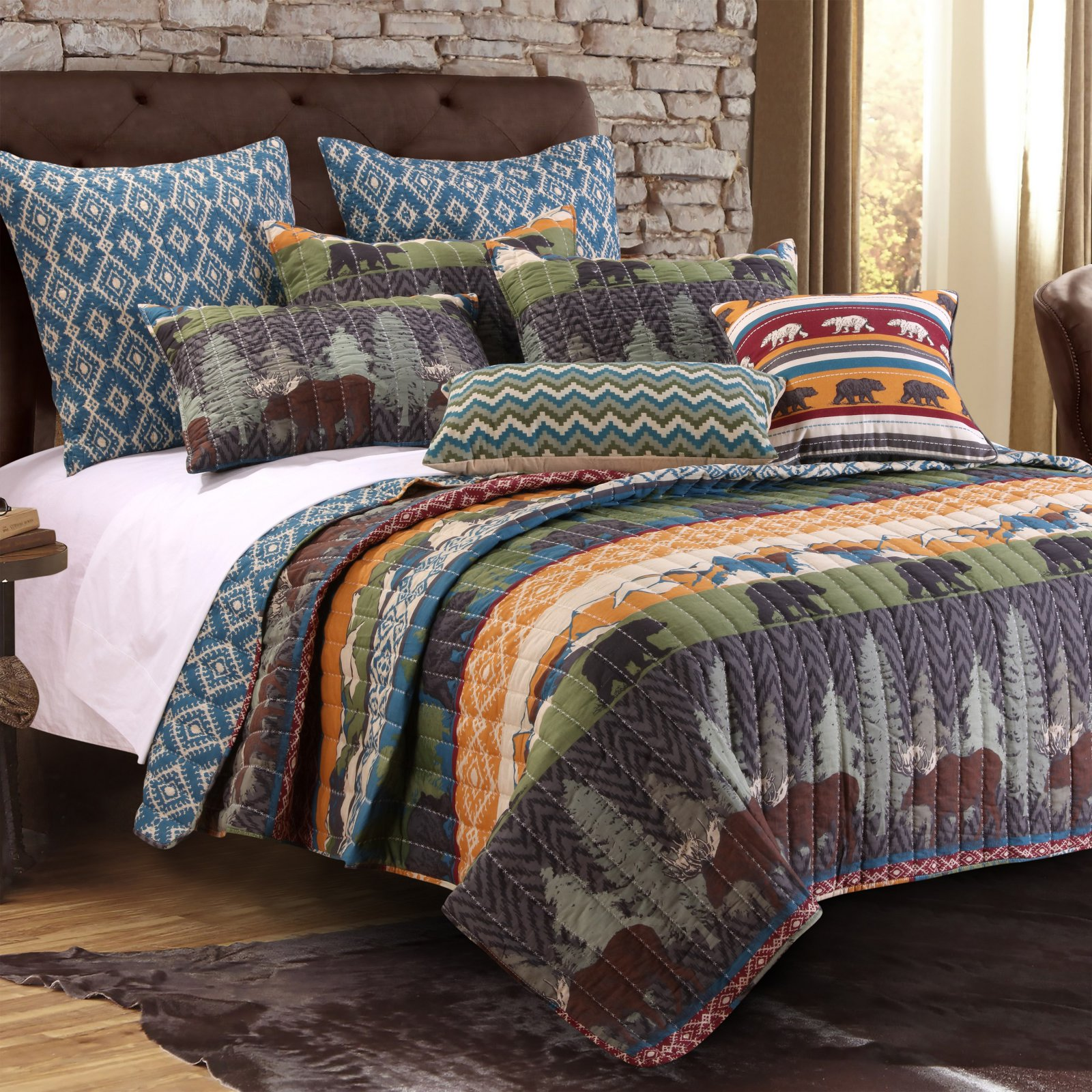 Black Bear Lodge Quilt Set by Greenland Home by Greenland Home Fashions