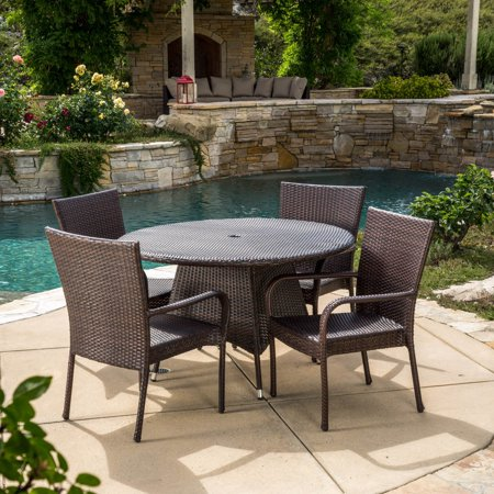 Potter Wicker 5 Piece Round Patio Dining Set ()
