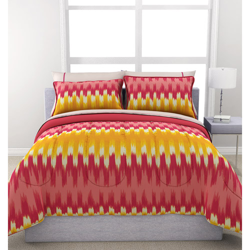 Formula Ikat Reversible Bed in a Bag Bedding Set