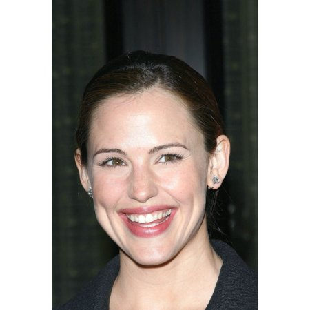 Jennifer Garner At Arrivals For The Alzheimers Associations 13Th Annual A Night At Sardis Canvas Art     16 X 20