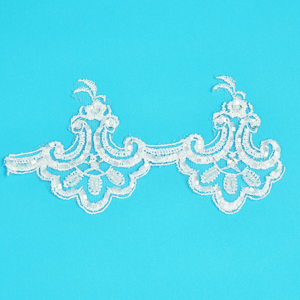 Expo Int'l 2 yards of Vintage Shania Lace Trim with Pearl and Sequin Accent
