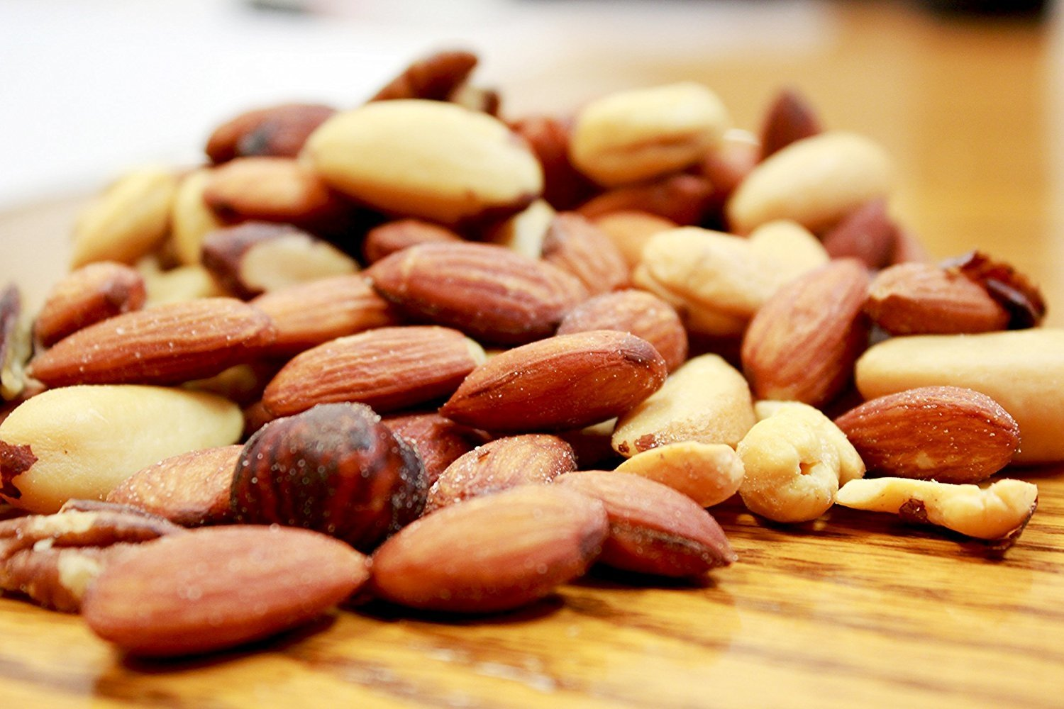 Deluxe Roasted and Salted Mixed Nuts (No Peanuts) by Its