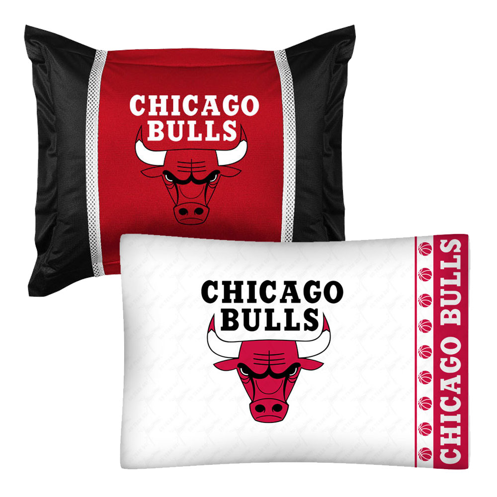 2pc NBA Chicago Bulls Pillowcase and Pillow Sham Set Basketball Team Logo Bedding Accessories