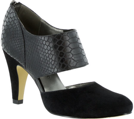 Women's Bella Vita Neola Cut Out Heel