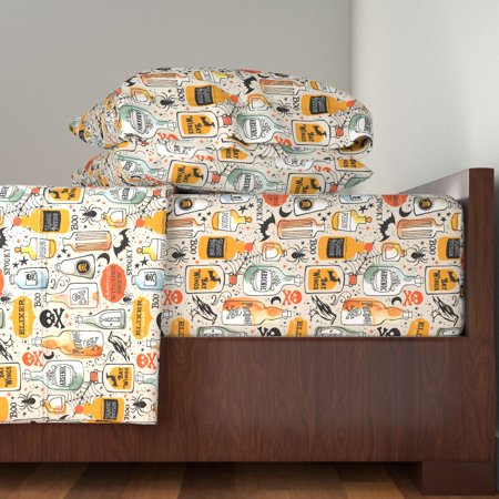 Vintage Halloween Doodles Print Vintage 100% Cotton Sateen Sheet Set by Roostery