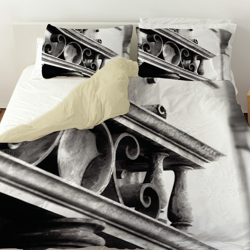 Manual Woodworkers & Weavers Urban Detail Scroll Duvet Cover