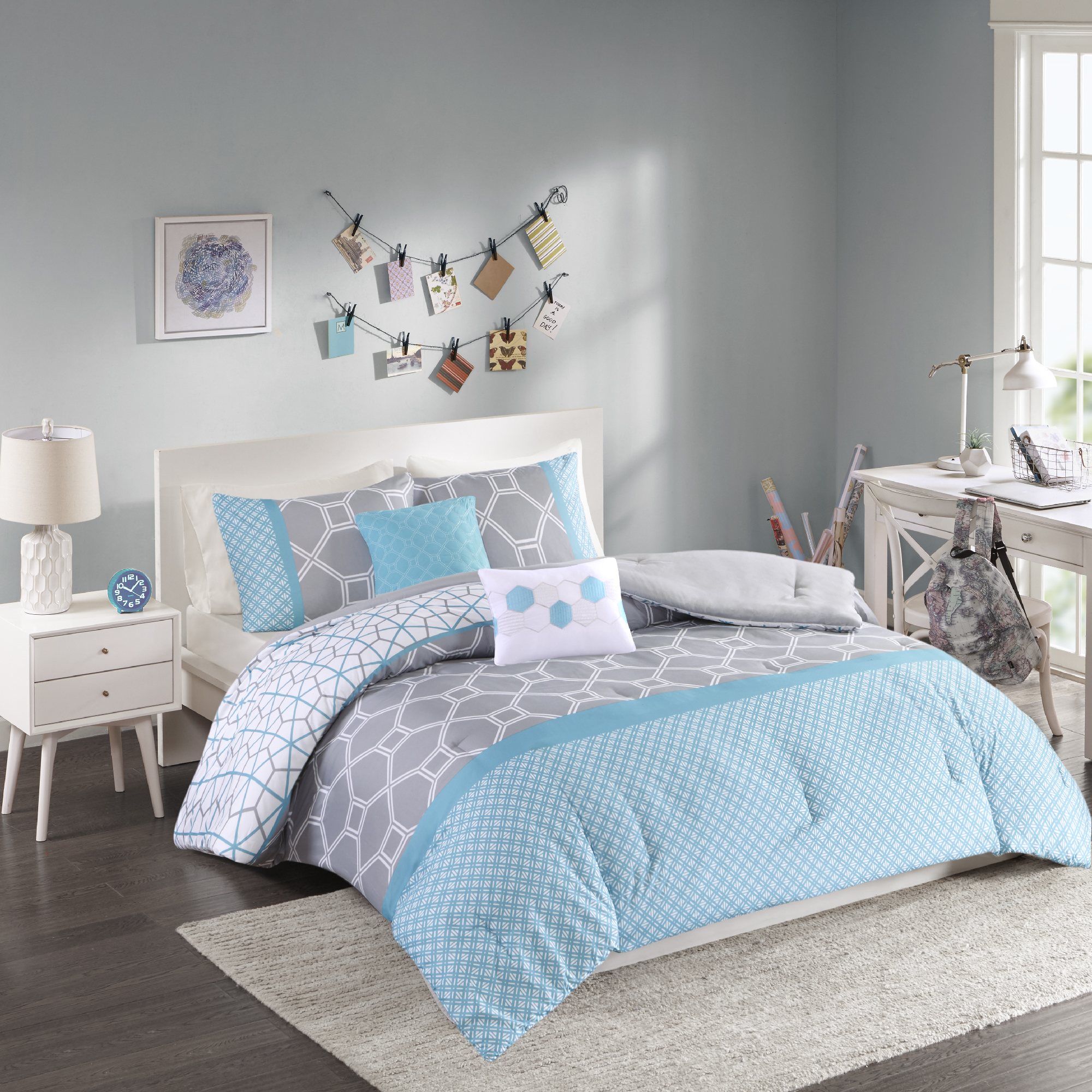 Luxury Comforter Set in Gray-Blue Geometric Print, Choose Your Size