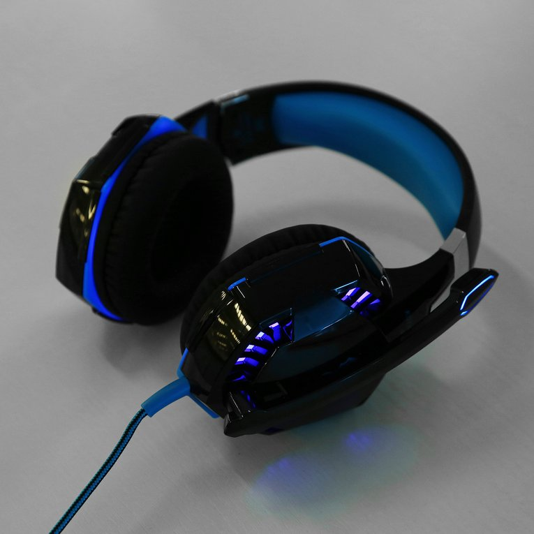Kotion Each 3.5mm Gaming Wired Headset Mic Stereo Surround LED Headphone