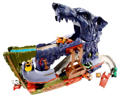 Matchbox Wolf Mountain Adventure Playset by