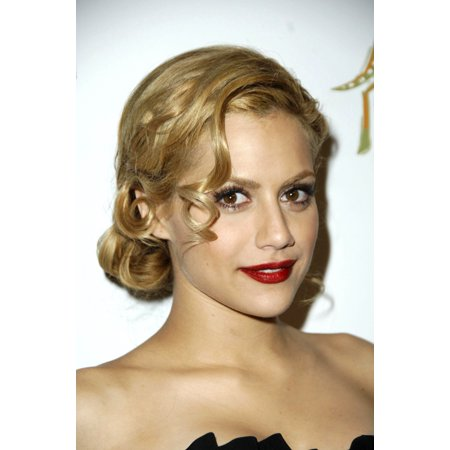 Brittany Murphy At Arrivals For Premiere Magazine Party For The Dead Girl Sideways Lounge Los Angeles Ca November 07 2006 Photo By Michael GermanaEverett Collection - Party Magazines