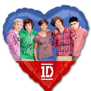 One Direction 1D Heart Shaped Foil Mylar Balloon (1ct) ()