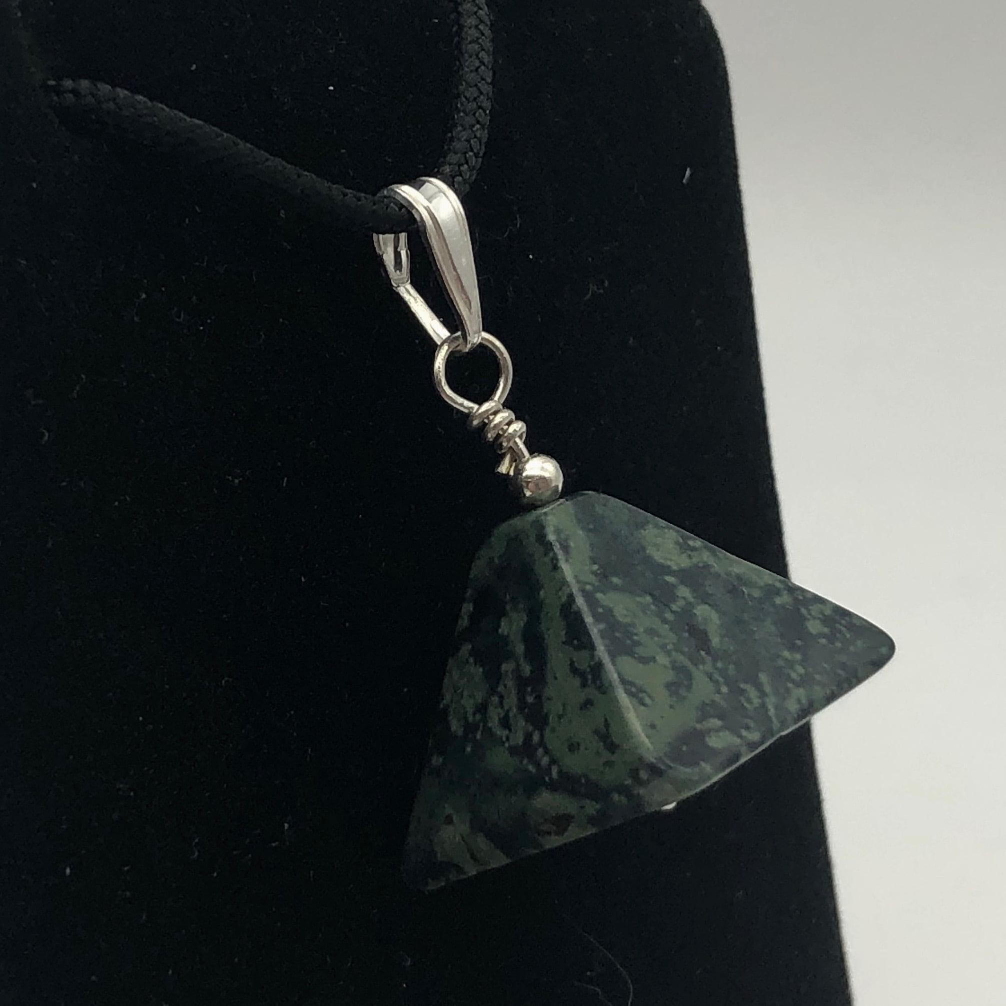 Macram\u00e9 necklace and pop jasper pendant women/'s gift women/'s jewelry micro-macram\u00e9 necklace semi-precious stone necklace