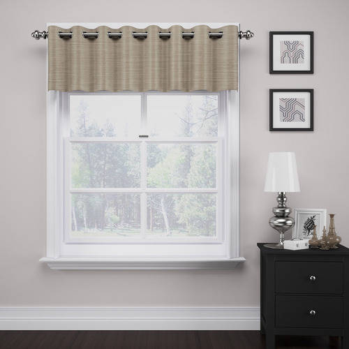 Deron Thermalayer Grommet Valance by Ellery Homestyles Studio