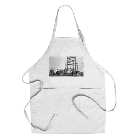 Stanford  Montana   Electric Plant Construction   Old Tractor  Cotton Polyester Chefs Apron
