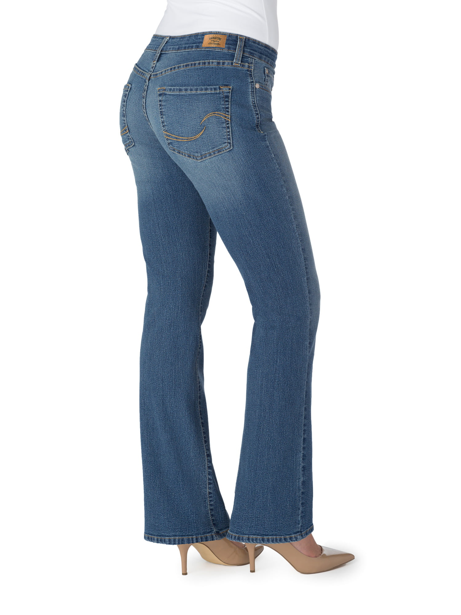 b79617ae397 Signature by Levi Strauss & Co. Women's Totally Shaping Bootcut Jeans -  Walmart.com