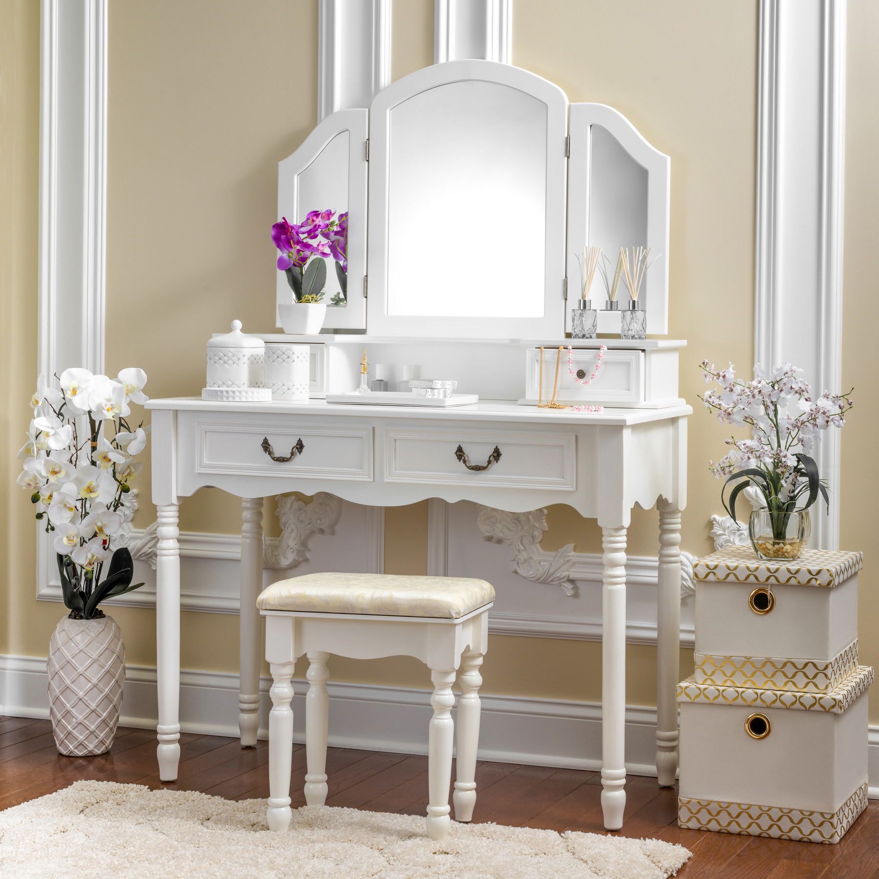 Fineboard Elegant Vanity Dressing Table Set Makeup Dressing Table with 3 Mirrors and Stool, 4 Drawers, White