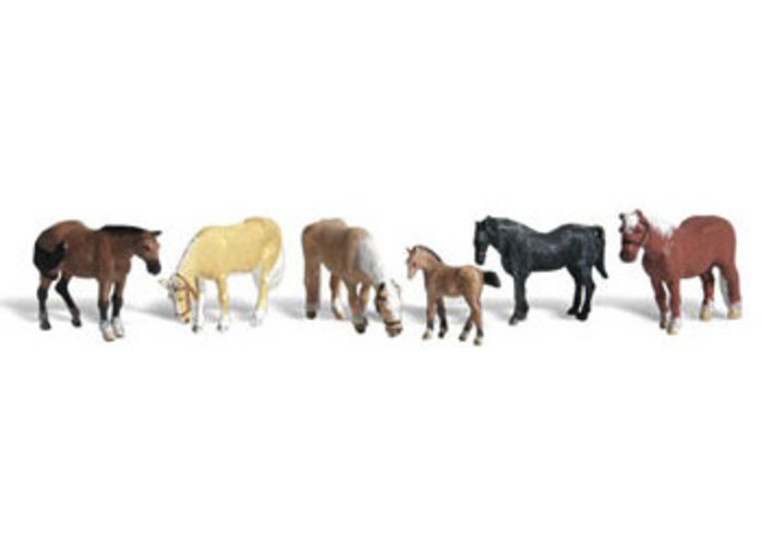 A2141 Farm Horses N by DESIGN PRESERVATION MODELS