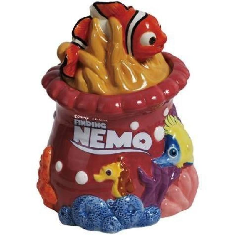 Click here to buy Westland Giftware Finding Nemo Cookie Jar by Westberry Wellness Programs.