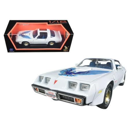 1979 Pontiac Firebird Trans Am White 1/18 Diecast Model Car by Road