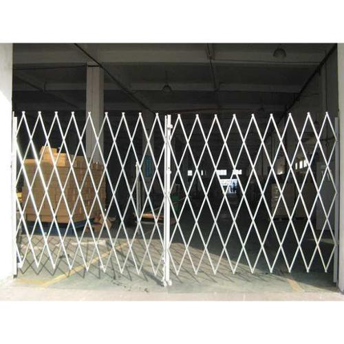2XZG9 Dble Folding Gate, 14 to 16 ft.Opening