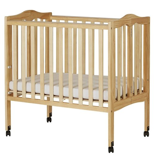 Dream On Me 2 In 1 Portable Crib Natural