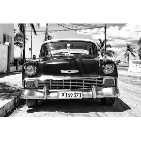 Cuba Fuerte Collection B&W - Chevy Classic Car II Print Wall Art By Philippe
