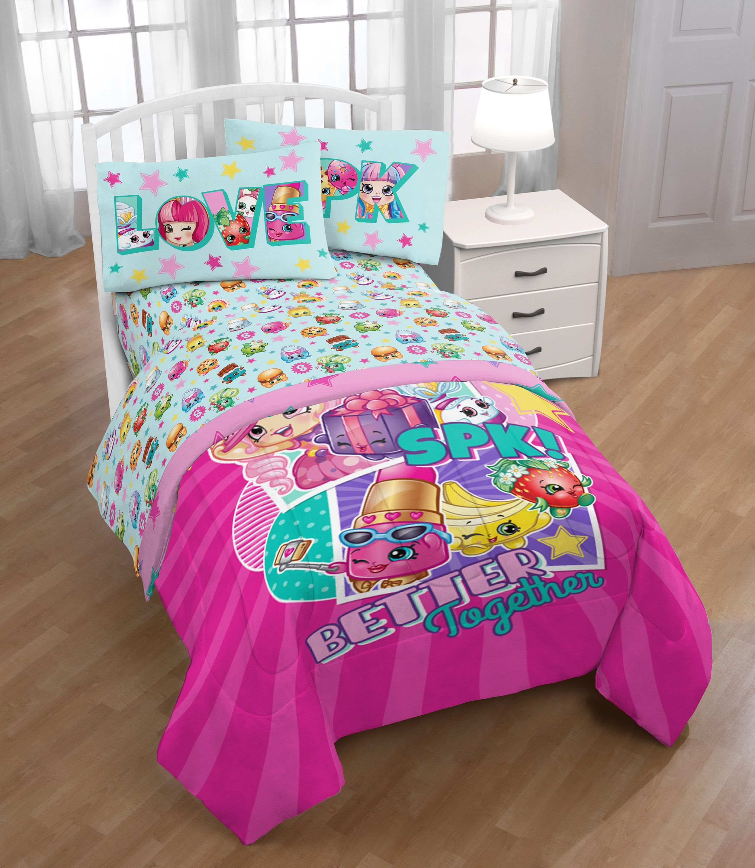 Shopkins Kids 5 Piece Bed In A Bag Twin Bedding Set   Reversible Comforter,  Microfiber