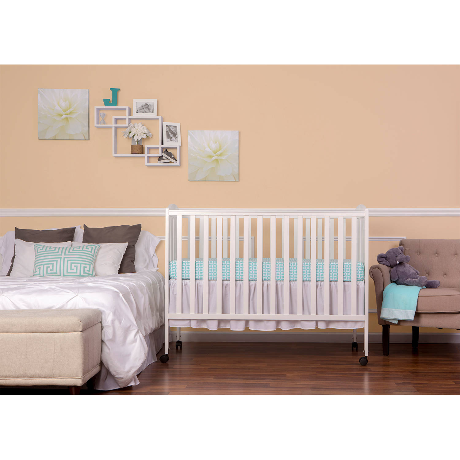 Dream On Me 2-in-1 Folding Full-Size Crib, White
