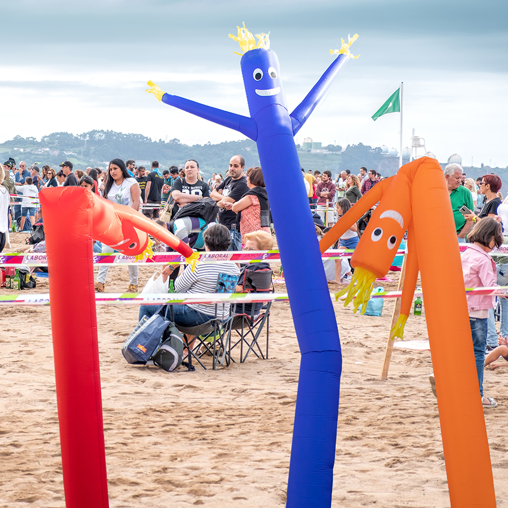 Skyerz 20 ft Green Inflatable Advertising Sky Air Puppet Wacky Waving Arm Flailing Tube Man with Blower
