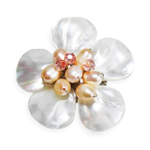 Aeravida Handmade White Floral Plumeria Mother of Pearl Pin/Brooch (Thailand)