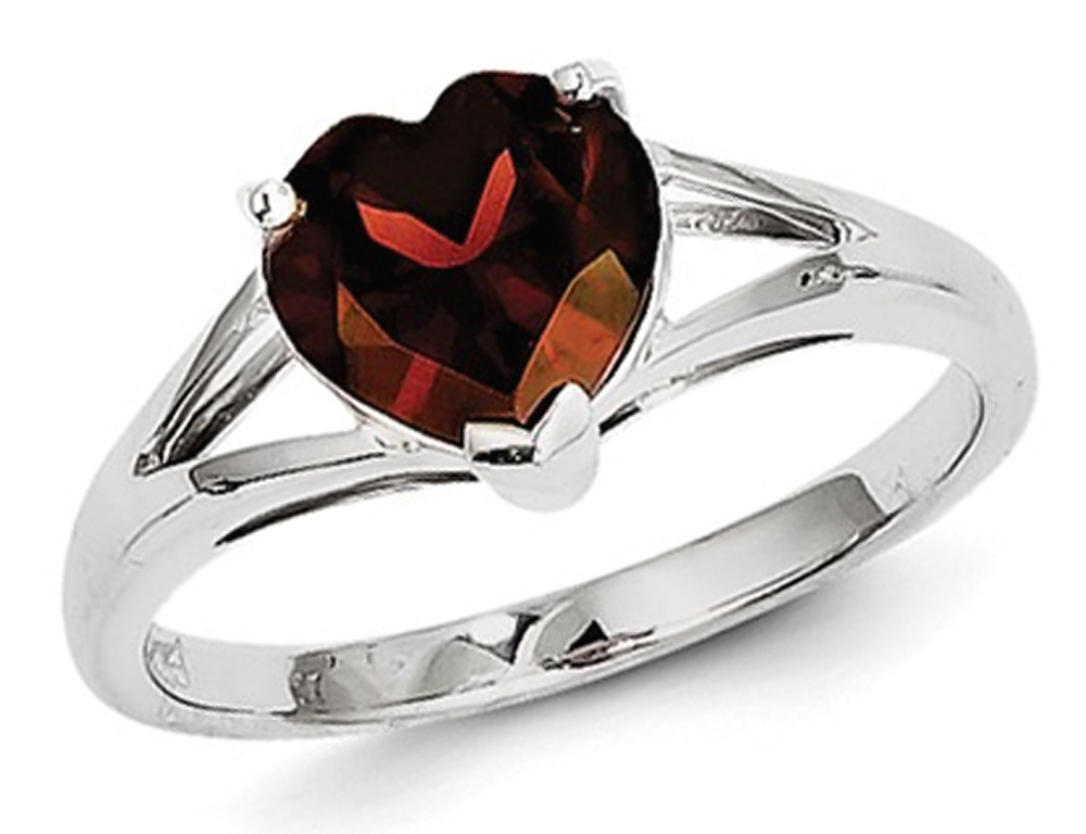 Sterling Silver Heart Shaped Garnet Ring (1.85 Carat ctw) by Gem And Harmony