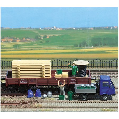 Busch HO Scale Freight Loads Pallets Crates Barrels Model Train Scenery 1132