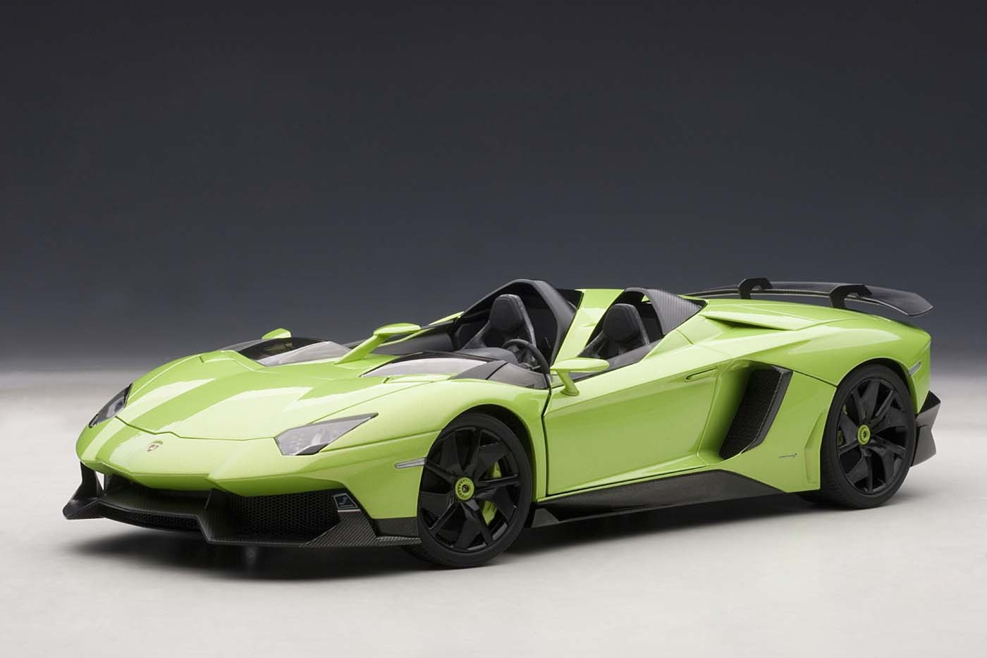Perfect Lamborghini Aventador J Green 1/18 Diecast Car Model By AutoArt