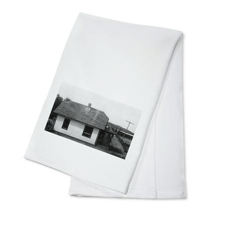 Louisville  Nebraska   View Of Wagon Bridge Toll House  100  Cotton Kitchen Towel