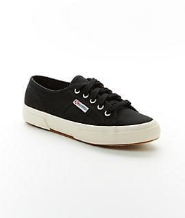 2750 Cotu Classic Tennis Shoes