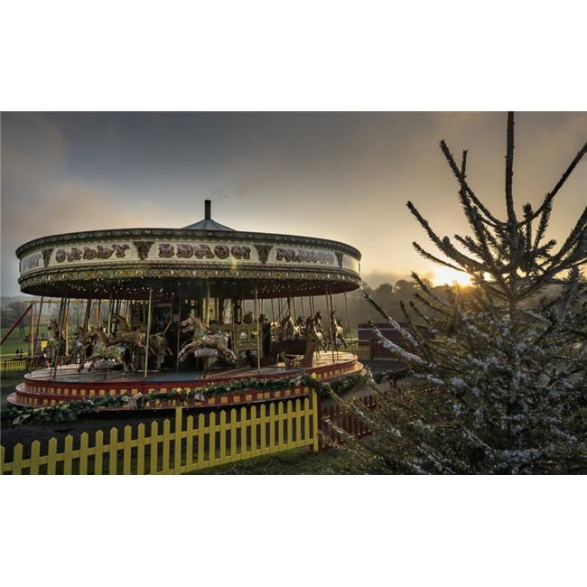 Posterazzi DPI12300979 Carousel At Sunset - Beamish Durham England Poster Print by John Short, 19 x 12 - image 1 de 1