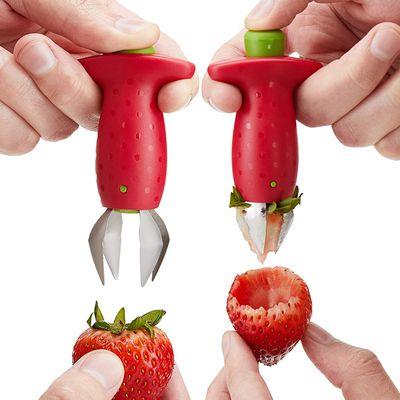 Magic Fruit Huller Strawberry Tomato Stem Leaves Huller Remover Kitchen Corer