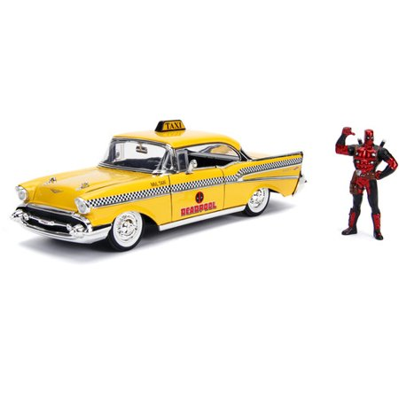 Marvel Deadpool & Taxi (1957 Chevy Bel-Air) Die-cast Car, 1:24 ScaleVehicle, 2.75 Collectible Figurine