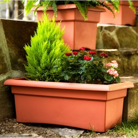 Bloem Veranda Window Deck Box Planter 26 x 11 Terra Cotta