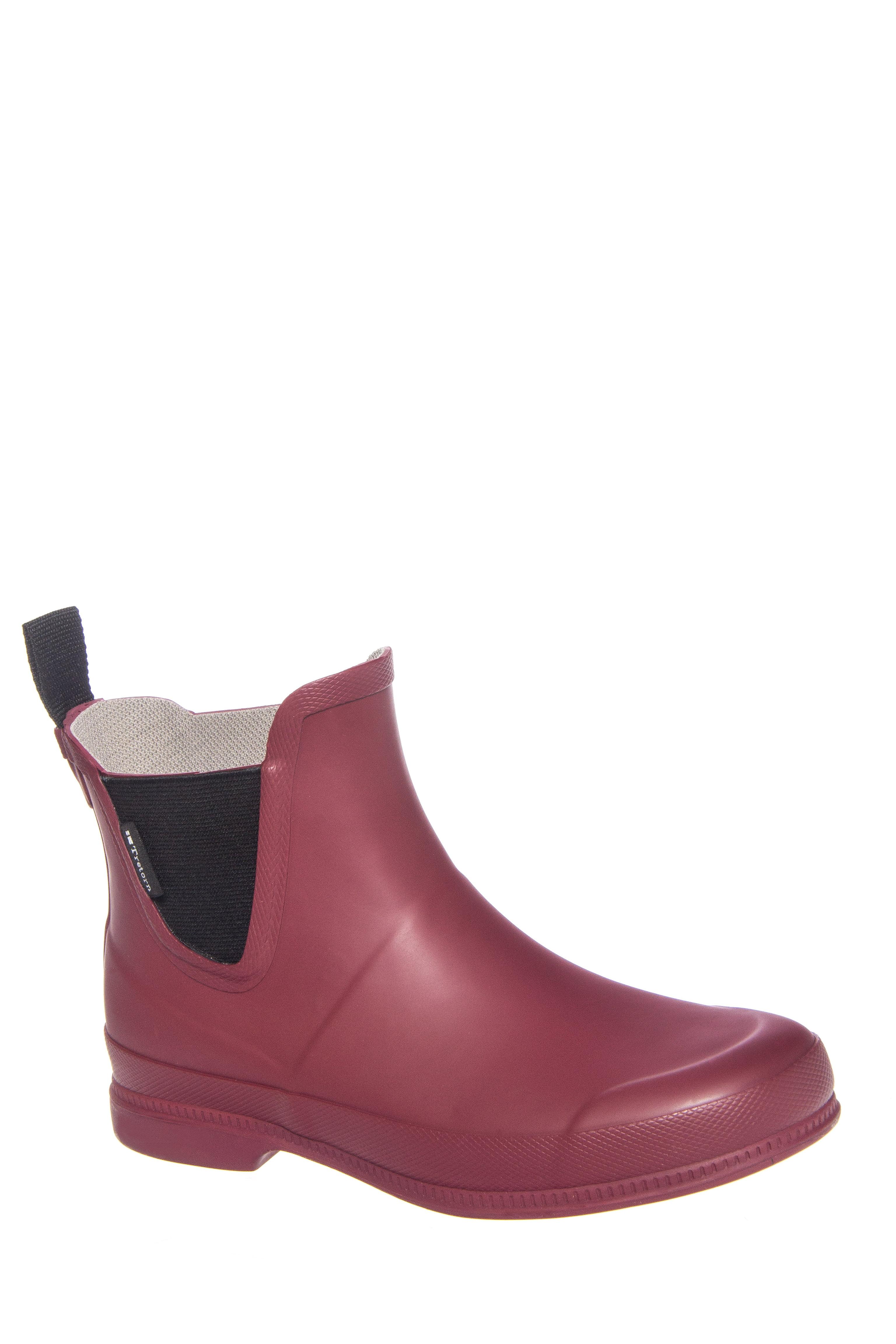 Click here to buy Tretorn Eva Classic Low Heel Rain Boot Burgundy by Tretorn.