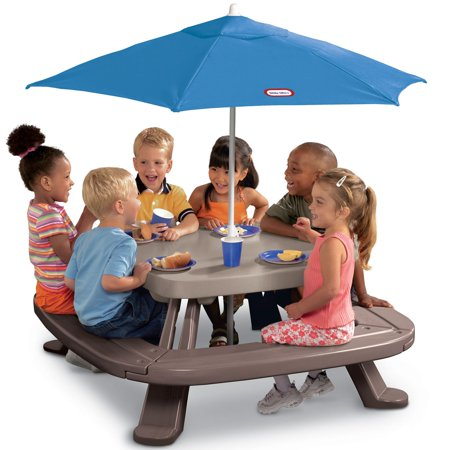 Little Tikes Fold 'n Store Picnic Table with Market Umbrella (Childs Picnic Table)