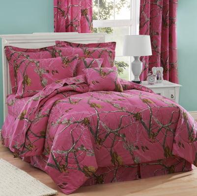 Realtree AP Hot Pink Fuchsia Camo 8 Pc QUEEN SIZE Comfort...
