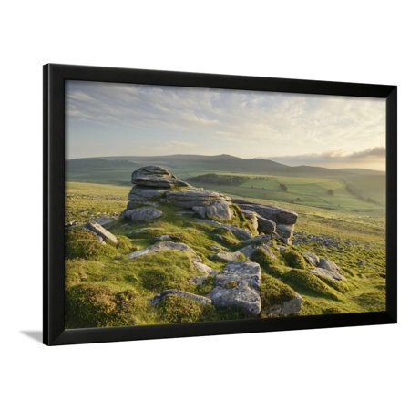 View from Belstone Common looking west towards Yes Tor on the northern edge of Dartmoor, Devon, Eng Framed Print Wall Art By Stephen Spraggon (Eng Framed)