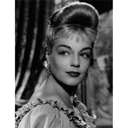 Everett Collection EVCMBDCADOEC015HLARGE Casque Dor Simone Signoret 1952 Photo Print, 16 x 20 - Large - image 1 of 1