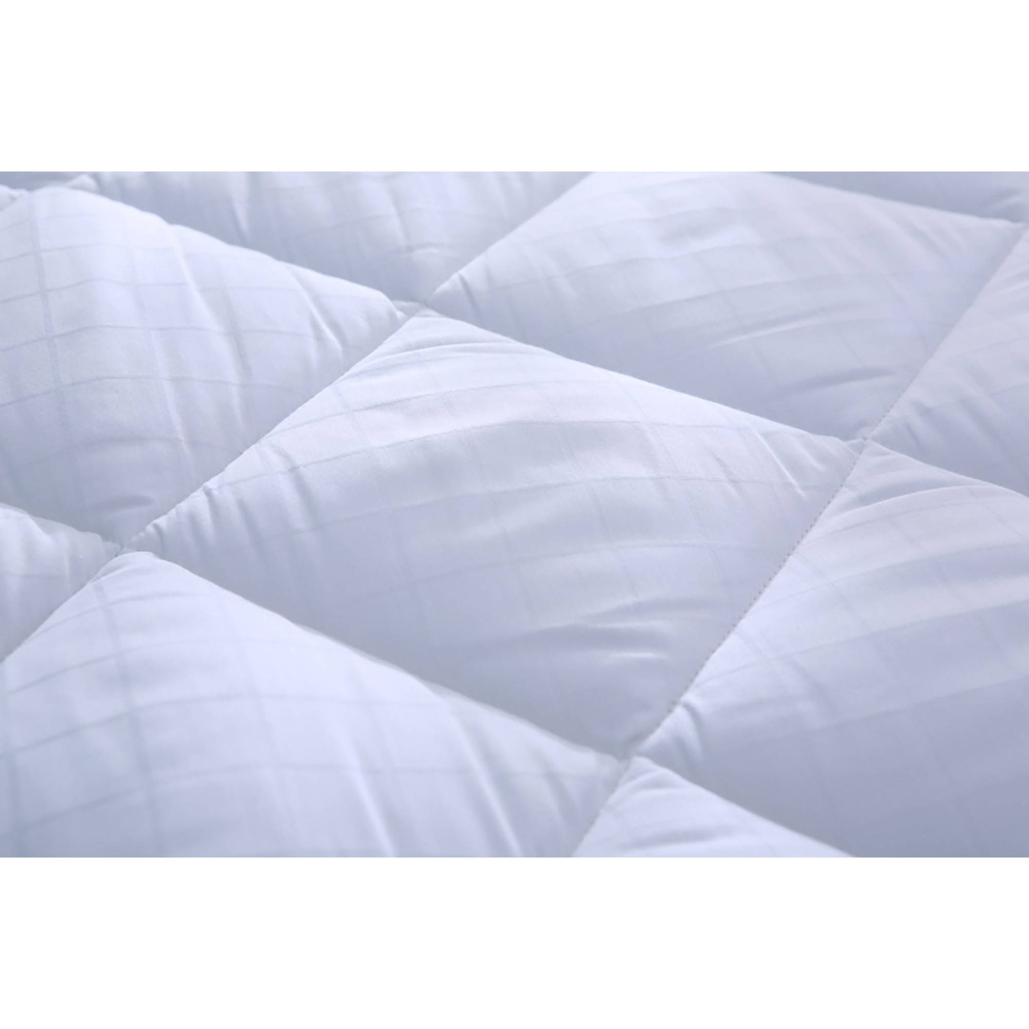 St. James Home Waterproof Stain Resistant Mattress Pad by St James Home
