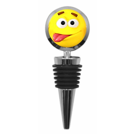 Emoticon Tongue Sticking Out (Cute Yellow Emoticon Sticking Out It's Tongue - Round Metal Wine Bottle)