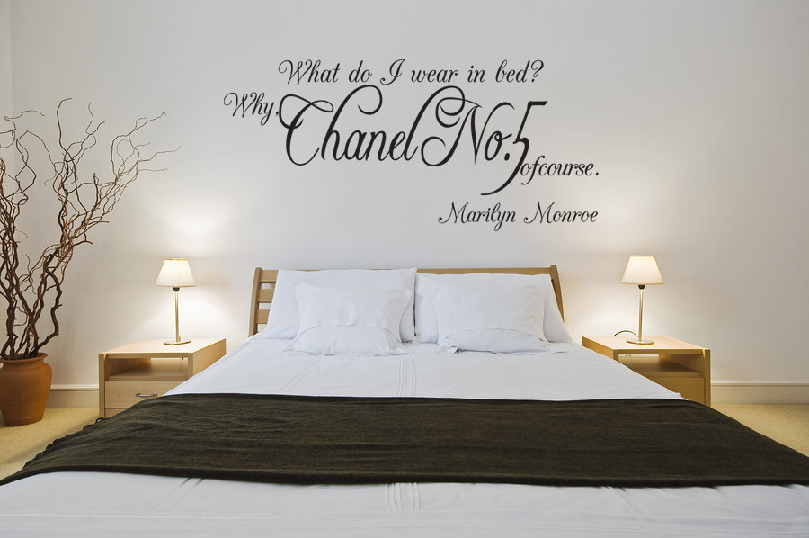 Marilyn Monroe Chanel No 5 Quote Vinyl Wall Window Decal Sticker J200